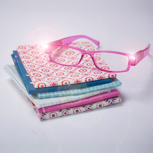 Foresight LED Glasses in Glitzy Pink +1.00
