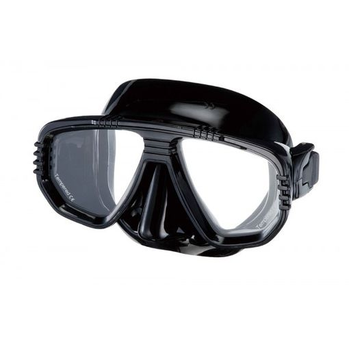 IST Corona M55 diving mask in Black/Black