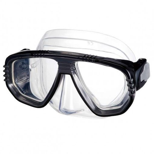 IST Corona M55 diving mask in Black/Clear